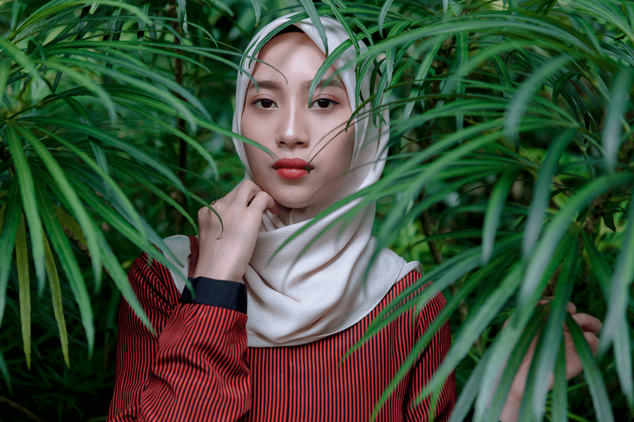 Hijab girl with nature portrait